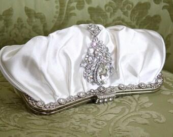 Ivory Clutch, Satin Bridal Clutch, Vintage Style Clutch, Wedding Accessory, Satin Clutch with Rhinestone Brooch