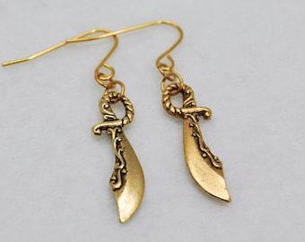 Gold Scimitar Earrings - Sword Earrings, Fantasy Earrings, Weapon Earrings, Cosplay, Costume, Geek, Nerd, DnD, Arabian Nights, Aladdin