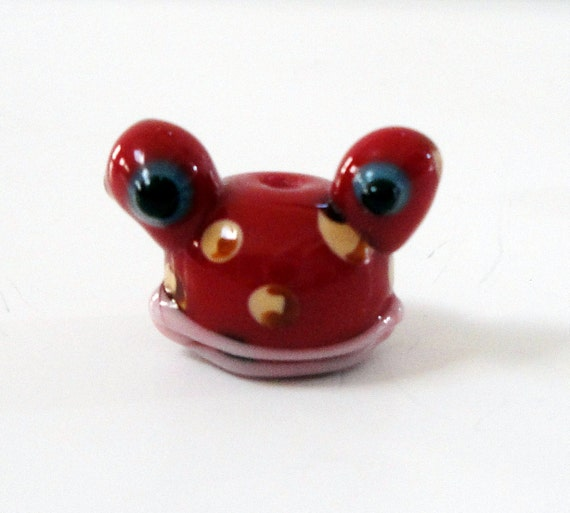 Toad Charm, Red Frog Charm, Frog Head Shaped Lampwork Glass Beads (3) Pcs, Animal Beads, Pet Charm, Purse Charms, Diy Craft Jewelry Projects
