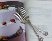 Vintage Silver Plate 1847 Rogers 1904 Grape Pattern I DO ME TOO Wedding Silverware Sweetheart Cake Wedding Forks
