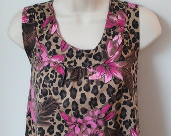 M- Post Surgery Clothing - Breast Cancer, Shoulder, Heart  / Special Needs for Hospice, Stroke, Elderly, Breastfeeding - Style Sara