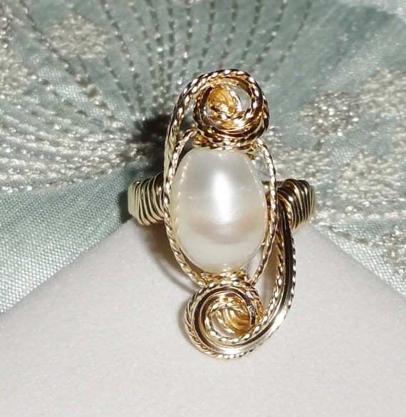 X-LARGE 16mm White Freshwater cultured Pearl, 14kt yellow gold ring size 9