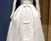 Vintage 50s 60s Princess Cupcake MaD MeN Full Skirt Lace and Bows Bustle Crinoline WEDDING Gown Dress XS S