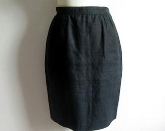 Vintage 1980s Designer Skirt Valentino Miss Black Linen Straight Knee Length Skirt 8US