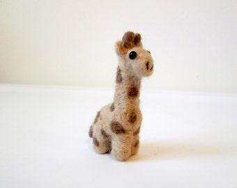 Giraffe Miniature - Needle Felted Animal - Soft Sculpture