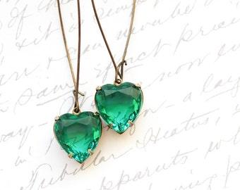 Emerald Green Rhinestone Heart Earrings Earrings Kelly Green Vintage Glass Drop Earrings Valentines Day Long Earrings Dangle Earrings