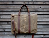 briefcase in waxed canvas and leather    COLLECTION UNISEX