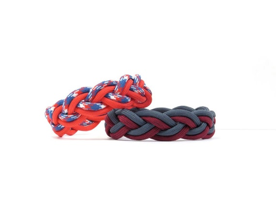 Two Color Rope Bracelet, Paracord Turks Head, Nylon Braided Survival, Nantucket Jewelry, Summer Beach Wear, Traditional Nautical Ship Knot