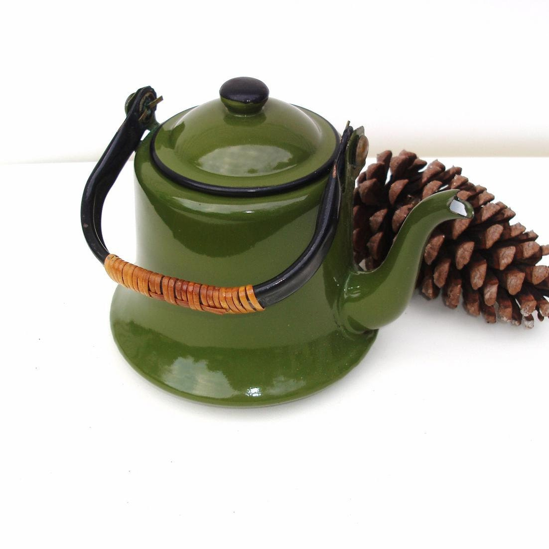 Vintage green graniteware tea kettle enamel teapot metal tea Green tea pot set
