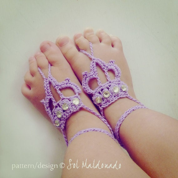 Barefoot Sandals Crochet Pattern Crown - Baby / Toddler / Children/ Teen / Woman Crown Sandles - Instant DOWNLOAD