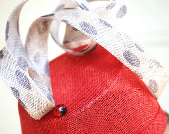 Ladybird red and polka dot percher percher races hat