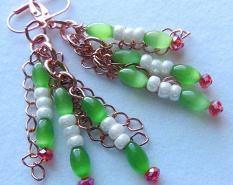 Red and white on  green, Glass and Copper chandelier earrings E471