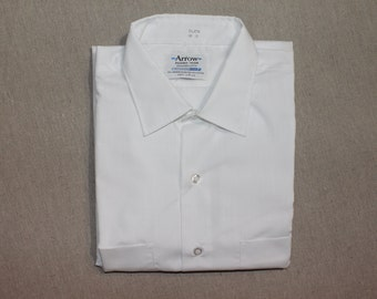 vintage 1960's -Arrow- Men's short sleeve shirt. Model 'Glen' - Pure White Broadcloth. 'New Old Stock'. Large 16