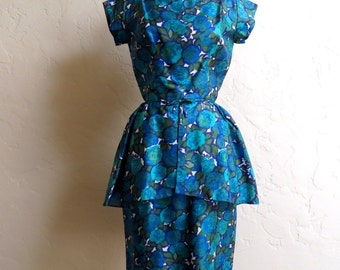 Gorgeous Vintage 50s 60s Blue Floral Silk Peplum Wiggle Dress