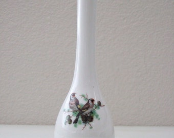 Herend Style Porcelain Bud Vase Hand Painted BIRDS Gold Trim English Look from The Back Part of the Basement