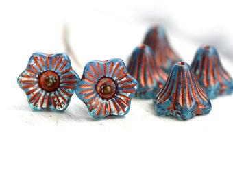 Blue Glass Flower beads - Aqua Blue, copper inlays - czech beads, bell flower, 13mm, large - 6Pc - 1441