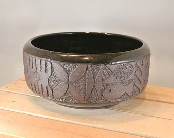 Hawaiian Style Tapa Bowl, Hand Carved