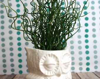 Owl Planter - Vintage Design - White Ceramic Owl - Handmade with Vintage 1970s Mold - Vintage Decor - Indoor Gardening - Indoor Planter