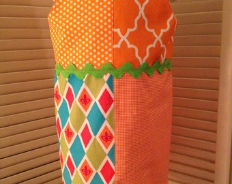 Orange Fleur de Lis Print 4 Quarter Dress Size 6