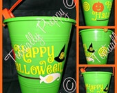 Preppy Halloween Candy Buckets from Textually Preppy