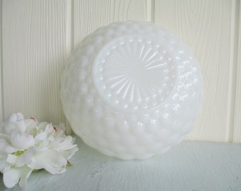 Bubble Bowl ~ Vintage White Milk Glass, Serving Fruit Flower Bowl Anchor Hocking / Wedding Table Decor Centerpiece Country Cottage Chic