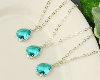 10% OFF SET OF 5 Wedding Jewelry - Bridesmaid Necklaces - Teal Blue Sea Green Crystal Necklace - Bridesmaid Gift - Silver and Glass Necklace