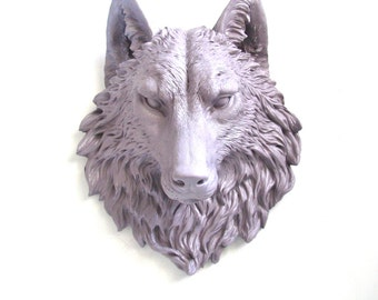 LITE PURPLE GRAY Faux Taxidermy Large Wolf Head Wall Mount Wall Hanging Home Decor: Willem the Wolf light purple-gray