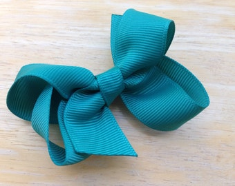 Jade hair bow - dark green bow, teal bow,  toddler bow, 3 inch bow, boutique bow, girls hair bows, girls bows, green hair bows, hair clips