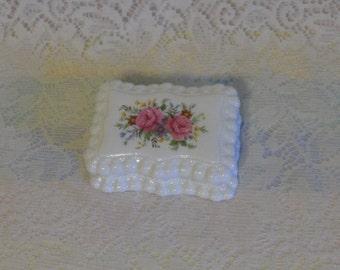 Bone China Trinket Box Elizabethan Hand Decorated Vanity Box Pink Roses scalloped Edges Made in England