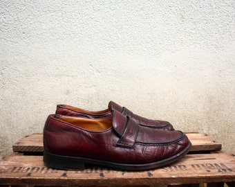 Sale____Vintage 1980s Burgundy Leather Shoes Loafers