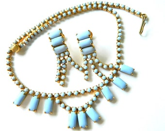Cornflower Blue Milkglass Set Necklace And Earrings 1950s Vintage Collectible Jewelry Wedding Bridal Something Blue For Women