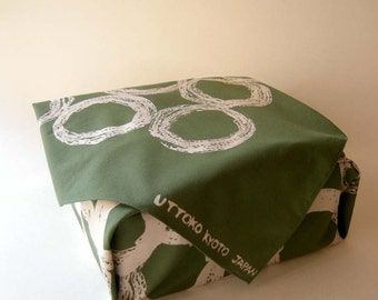 Furoshiki, wrapping cloth, hand printed, olive green, discharge print, Japanese traditional bag, circle