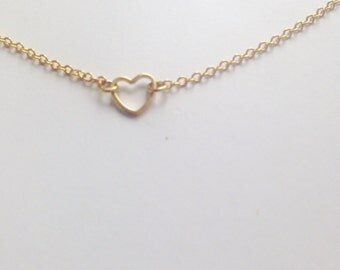 Heart Necklace - Dainty everyday jewelry - Delicate necklace