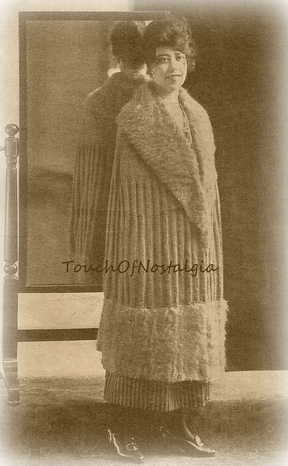 Items similar to Long EVENING Cloak CAPE Antique Knitting Pattern - ELEGANT L...