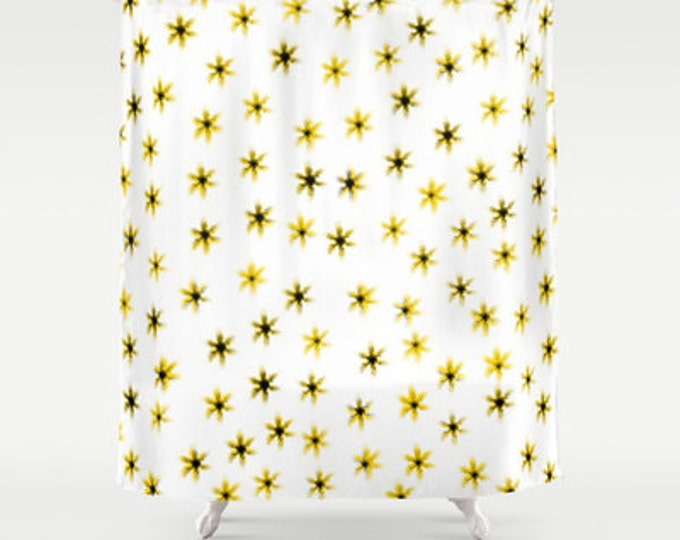 Daisy Shower Curtain - Daisy Flowers - Bathroom Decor - Shower Curtain - Made to Order