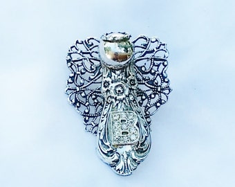Sterling Silverware Angel Pin