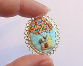 Disney's Up inspired brooch - Hand sculpted clay - MTO