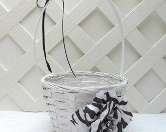 SAMPLE SALE Black and White Flower Girl Basket, Black and White Wedding Basket, Zebra Wedding Basket, Zebra Flower Girl Basket, Ready to Go