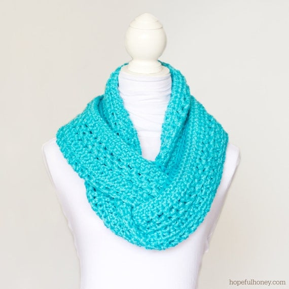 Crochet Patterns Circle : CROCHET PATTERN Basic Circle Scarf