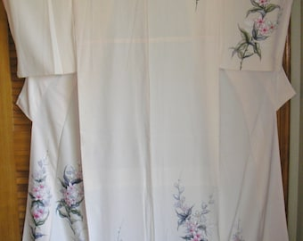 HANDPAINTED Flowers on Cream Silk Vintage Japanese Kimono - A Truly Beautiful Kimono with Delicate and Lovely Pink Flowers -Simply Gorgeous