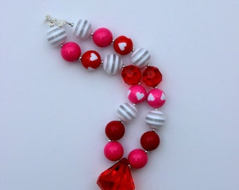 girls Valentines day necklace red white girls chunky bubblegum necklace red white necklace candy cane necklace valentines day necklace girl