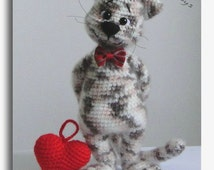 Cat with Heart  Valentine's Day gift OOAK Stuffed Animals Crochet Handmade Soft toy decor Amigurumi Made to order