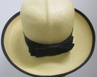 Vintage Ladies Panama Hat, Colonial Panama hat, Churchill panama hat