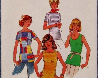 Vintage 1970s Misses Tops Size 12 Sewing Pattern Simplicity 7533 Price Reduced 25%