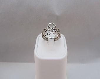 Sterling Silver Modernist Ring size 6