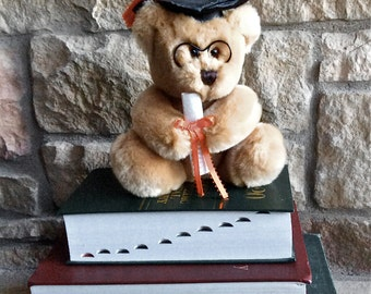 Graduation Bear - Congratulations to the Graduate