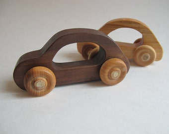 Organic Toy Car Set of 2 - Made of Walnut and Cherry woods