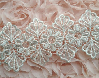 Vintage Embroidered Lace Venice Scalloped Lace in White for Wedding, Dress, Costume Design