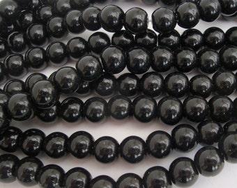 8mm black round glass beads 1 strand of 40 GB003