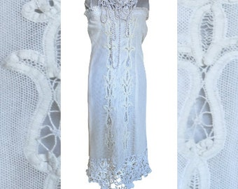 Off-white large white encrusted embroidery cotton tulle strapless dress